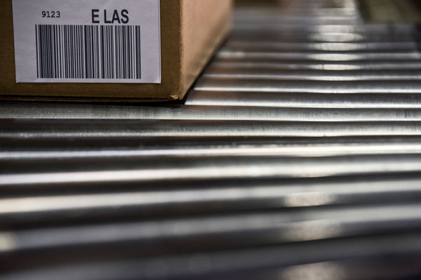 shipping-box-label-rollers